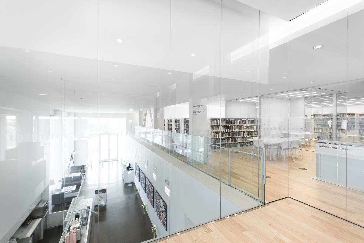 Lumineuse ludique et moderne la bibliothèque saul bellow vous