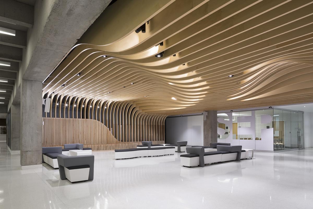 Menkes shooner dagenais letourneux architectes design for Interior design agency montreal