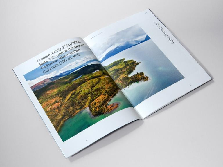 Lake Atlin, brochure, Colombie-britannique, 2012