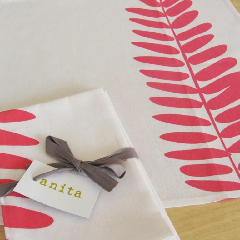 Ferns Coral napkins, Montreal