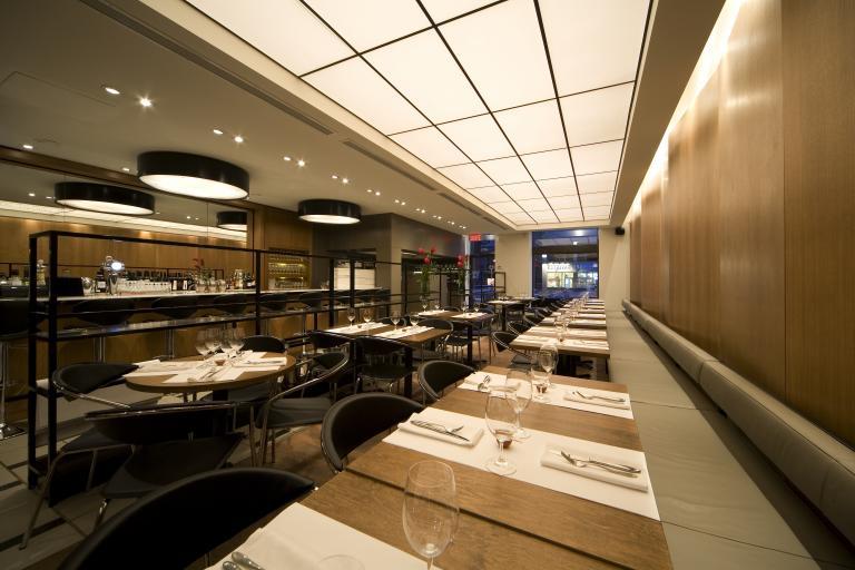 Restaurant Les Cavistes, Montréal, 2011