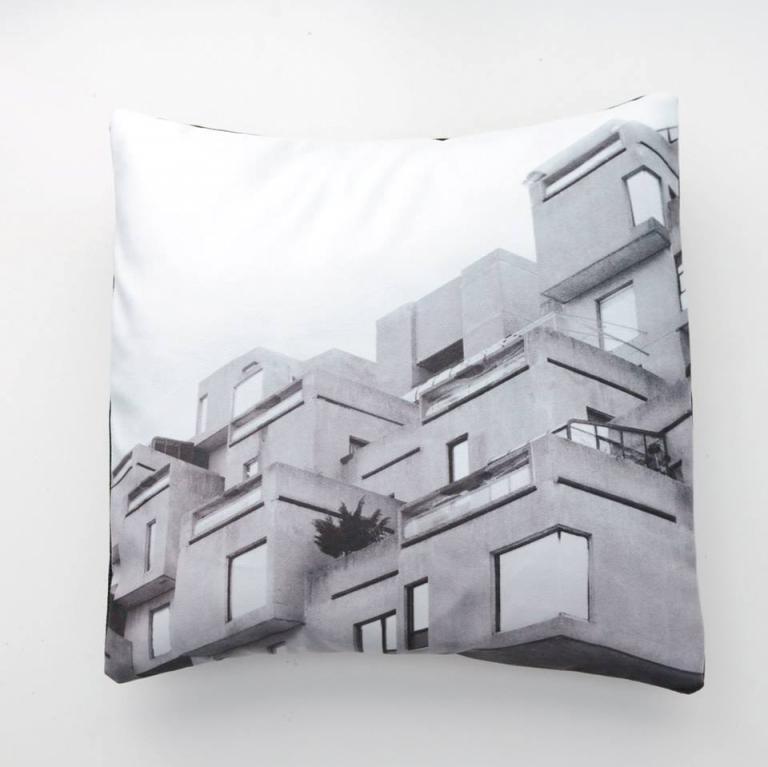 Housse de coussin — série iconique en noir et blanc (Habitat 67)