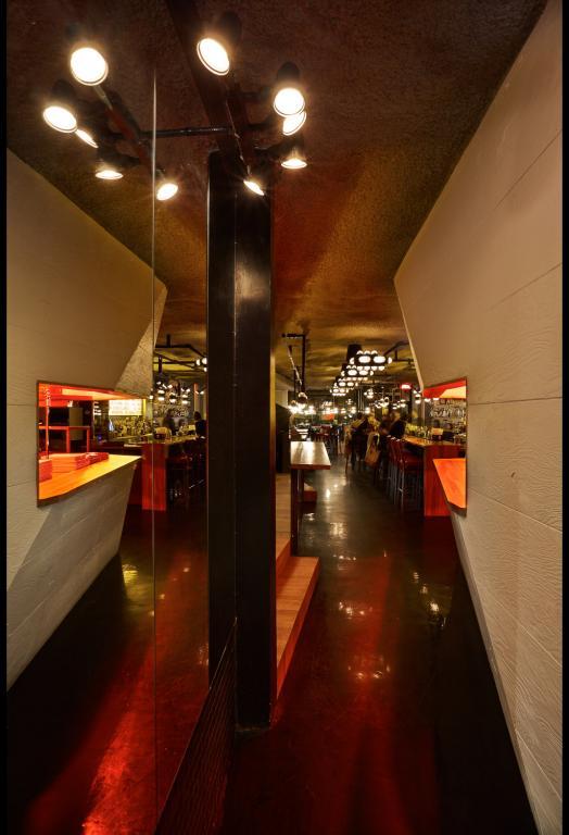 Bar HUIS CLOS, Montréal, 2013