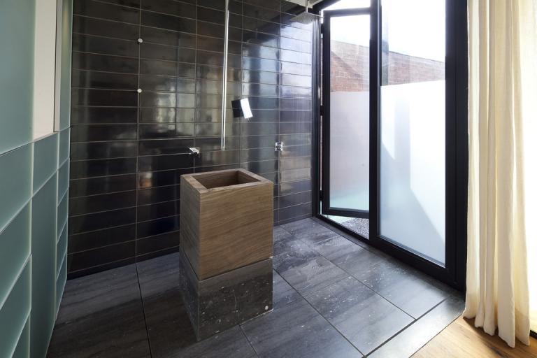 Résidence Simard, Salle de bain, Montréal, 2009