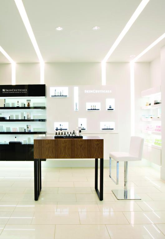 Magasin Skinceuticals, Vancouver, 2013
