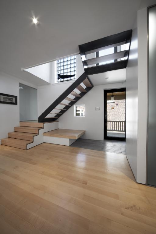 Outremont Residence, Montreal, 2010