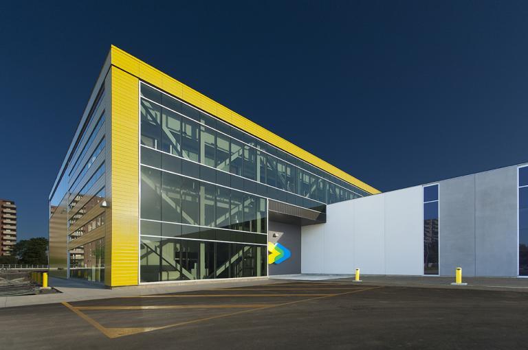Centre de transport Stinson de la STM, Montréal, 2014