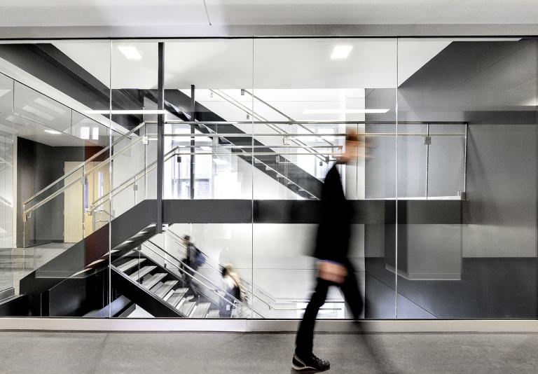 Menkes shooner dagenais letourneux architectes design for Ecole de design interieur montreal