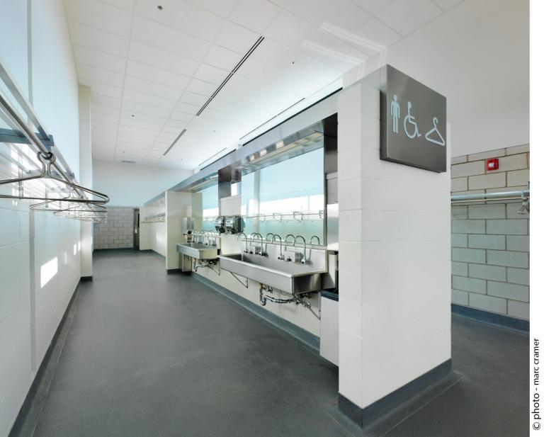 Cuisine et Salle à manger Farnham (salle de bains/toilettes), Farnham, Québec, 2012