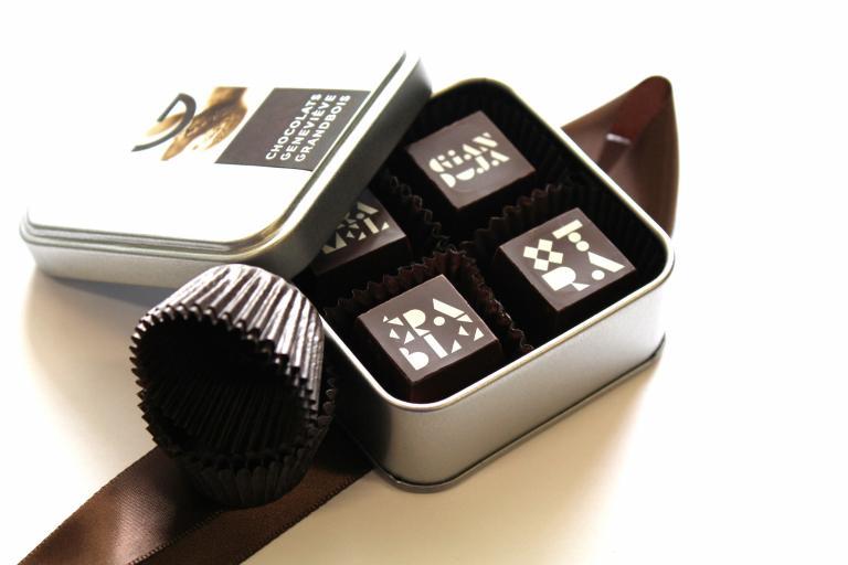 Boite métallique 4 chocolats, Montréal