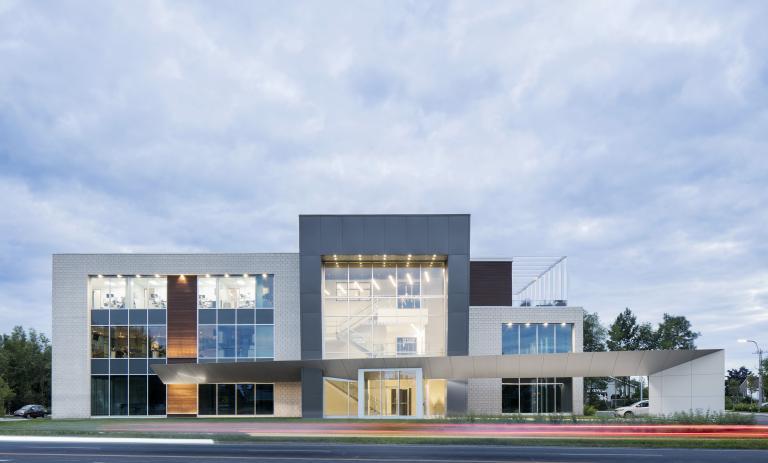 Centre dentaire St-Onge, La Prairie, 2015