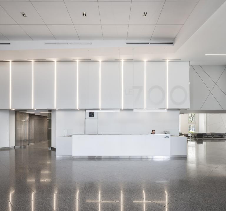 Design d'intérieur du lobby, Le 700 de la Gauchetière, Montréal, 2016