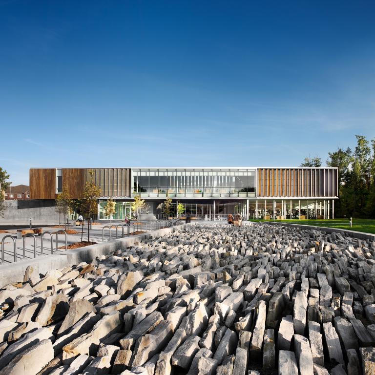 Bibliothèque Raymond-Lévesque - Saint-Hubert - 2010