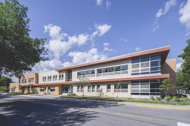 Demolition and Reconstruction, École primaire Saint-Raymond, Montréal, 2015