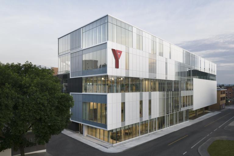 YMCA, Centre communautaire Saint-Roch, Ville de Québec, 2020 (en collaboration avec CCM2)
