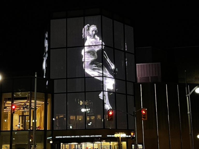 Projection vidéo architecturale, REBO(U)ND, Caroline Laurin-Beaucage, Ottawa, 2018