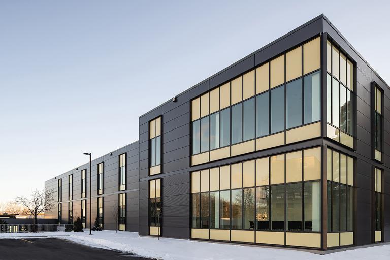 Nouveau pavillon d'oncologie, Hôpital Maisonneuve-Rosemont, Montréal, 2021