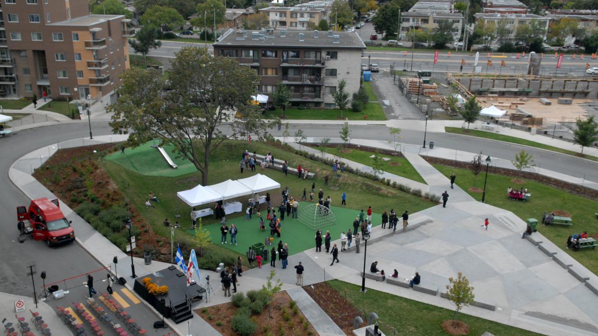 Inauguration de la Place de l'Acadie
