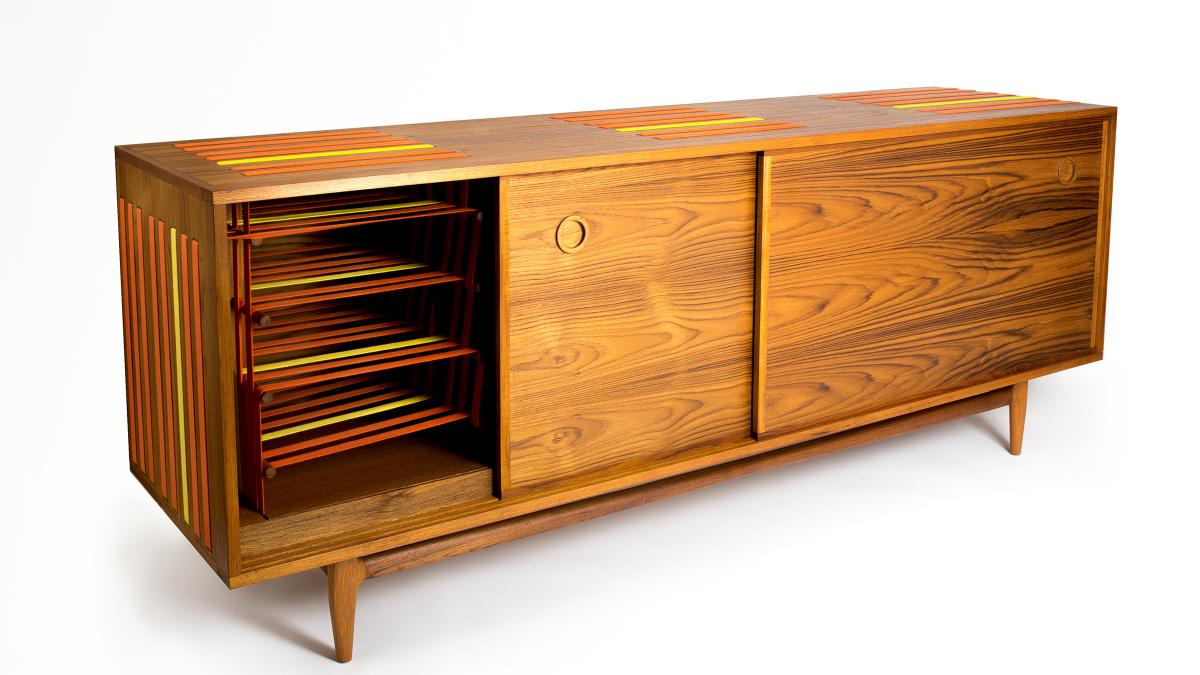 Strips aside sideboard, 2015