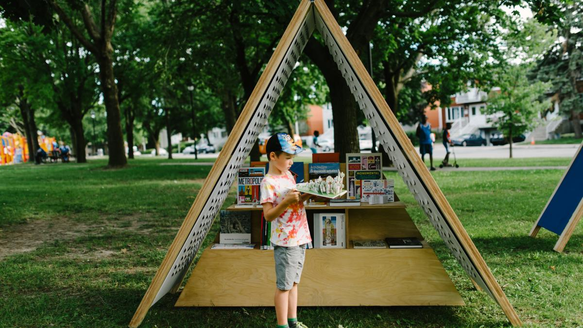 Microlibrary in Montréal-Nord, July 24, 2016
