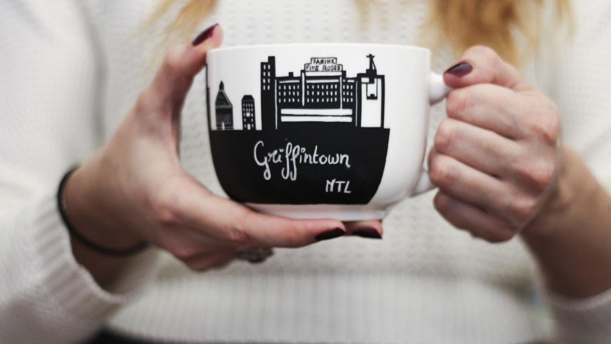 Cara - Griffintown mug, Alice in Montréal