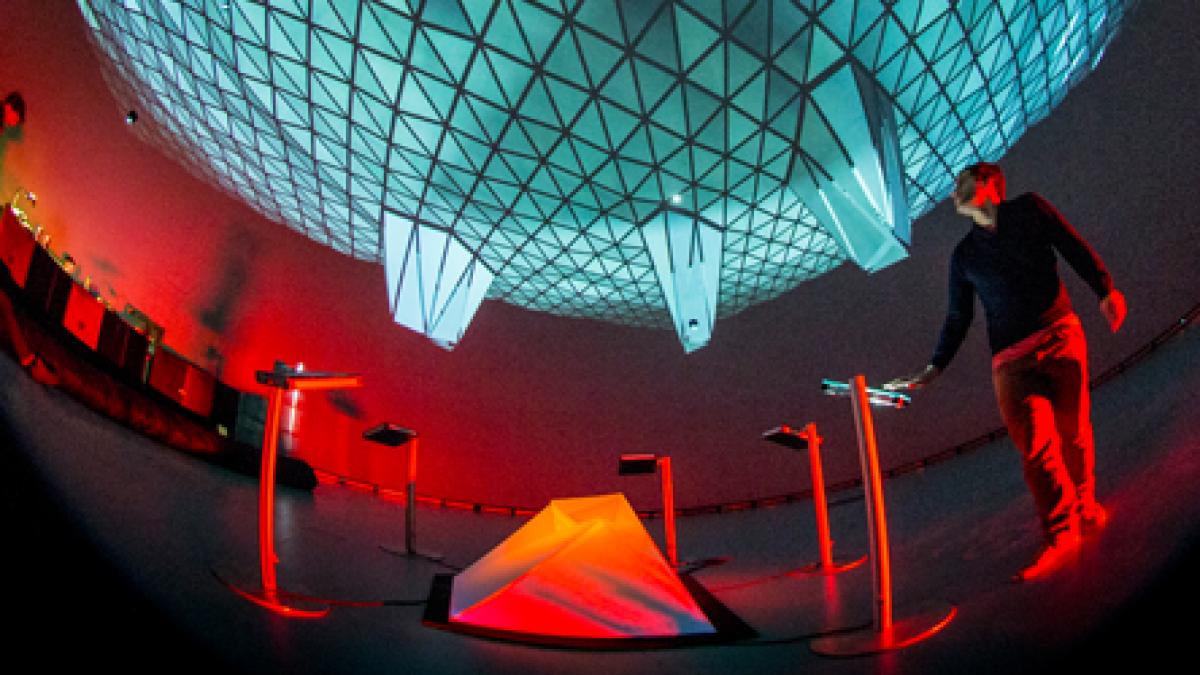 Obe, immersive Interactive Installation, Montreal, 2014