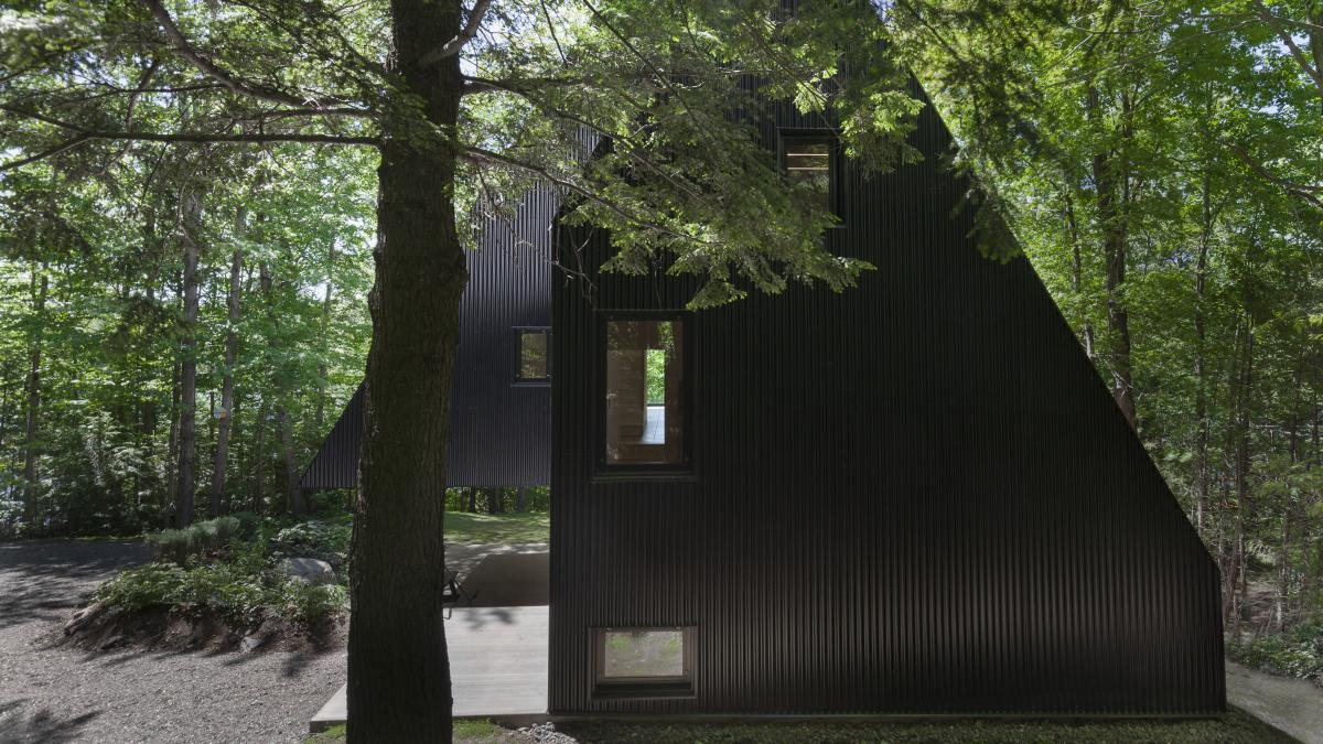 نتیجه تصویری برای FAHOUSE / Jean Verville architecte :