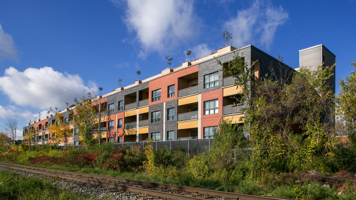 Port Royal, condo complex, Montreal, 2015