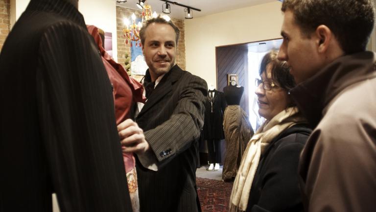 Yves-Jean Lacasse et des visiteurs