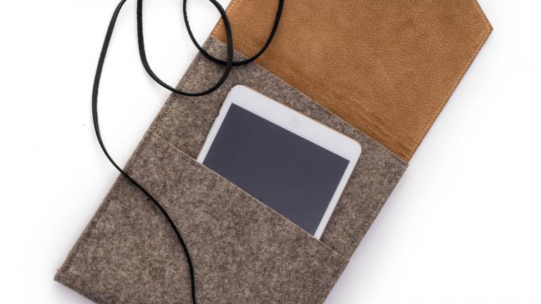 Theodore Tablet Sleeve