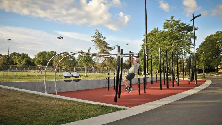 Trekfit training circuit at Complexe sportif Claude-Robillard, by Signature Design Communication, Ahuntsic-Cartierville borough