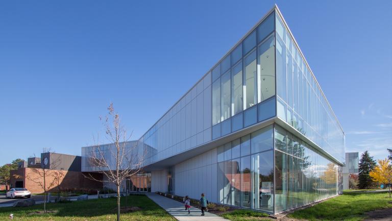 Pierrefonds Library, Montréal, 2019