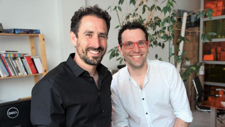 From left to right : Louis-Xavier Gagnon-Lebrun and Félix Dagenais, conceptors, founders ATOMIC3