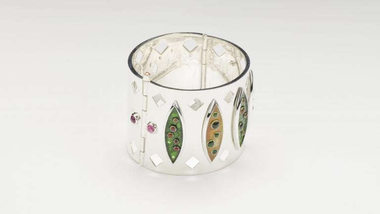 Bracelet manchette Marquise
