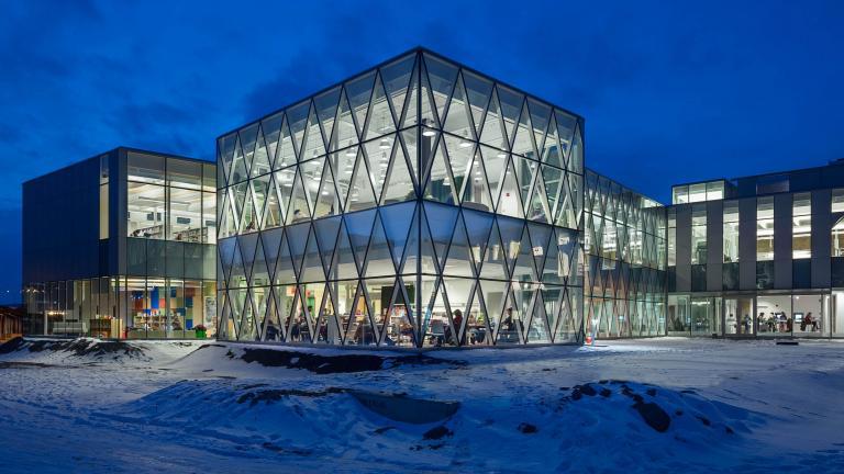 Bibliothèque Marc-Favreau, Montréal, 2013