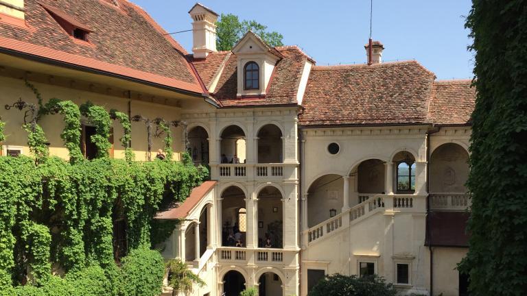 Château Schloss Hollenegg