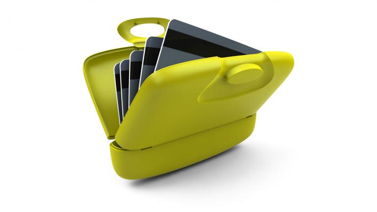 Capsul, the multipurpose card case, Montreal, 2006