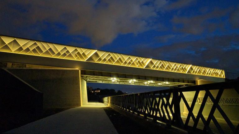Pont ferroviaire, Campus MIL, Université de Montréal, Montréal, 2016