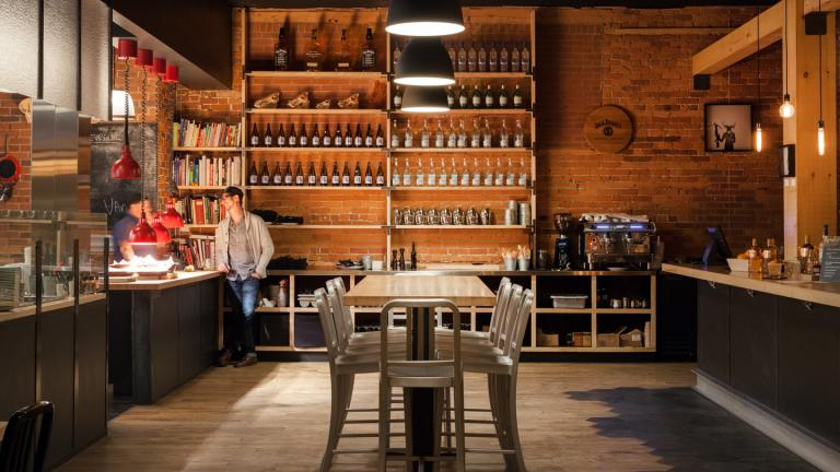 O Chevreuil restaurant, Sherbrooke, Québec, 2014