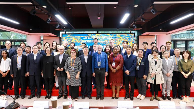 Delegates and observers at the Third Wuhan Creative Cities Roundtable